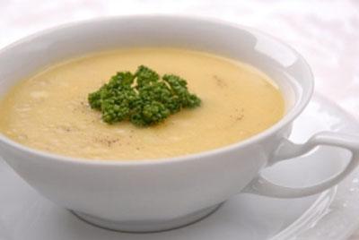 طرز تهیه سوپ پنیر و سبزیجات